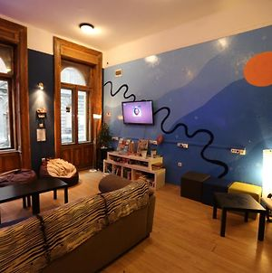 Meander Hostel Budapest photos Exterior