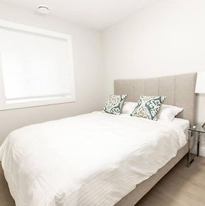Brand New Cozy Suite 15 Mins To Downtown photos Exterior