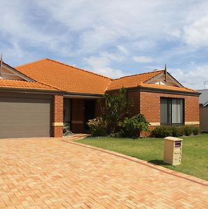 Mandurah Beach Family Accommodation photos Exterior