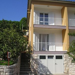 Apts & Rooms Frano - 50M From Beach photos Exterior