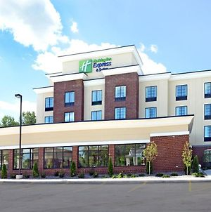 Holiday Inn Express & Suites Geneva Finger Lakes photos Exterior