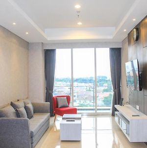 Well Appointed 1Br Apartment At Pondok Indah Residence By Travelio photos Exterior
