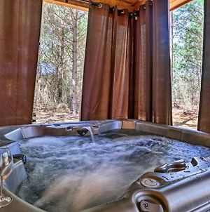 Tranquil Forested Oasis With Private Hot Tub & Deck! photos Exterior