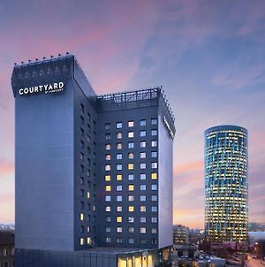 Courtyard By Marriott Bucharest Floreasca photos Exterior