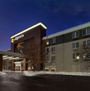 La Quinta Inn & Suites By Wyndham Detroit Utica photos Exterior