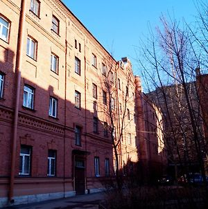 Guests Love On Vasilievskiy photos Exterior