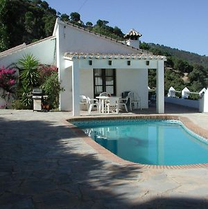 Nice Holiday Home With Private Pool And Beautiful Views Of The Sea And Mountains photos Room