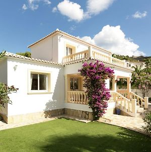 Charming Villa With Private Swimming Pool In Moraira photos Room