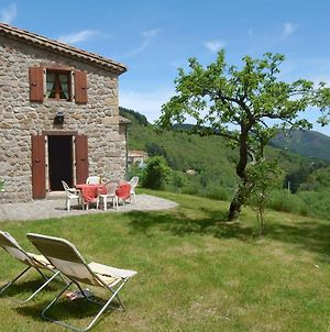 Attractive Holiday Home Near Forest In Saint-Julien-Du-Gua photos Exterior