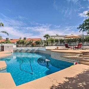 Trendy Phoenix Home With Pool - Walk To Lookout Mtn! photos Exterior
