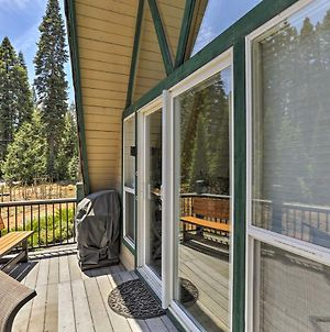 Charming House With Deck - Steps To Lake Almanor! photos Exterior