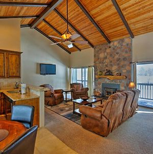 Cozy Pinetop Condo With Deck Near Golf And Tennis! photos Exterior