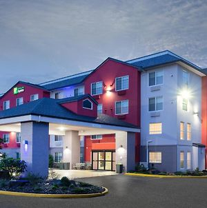 Holiday Inn Express & Suites Lincoln City photos Exterior