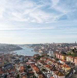 Lovelystay - 1Br Flat W/ Stunning Views Over Porto By Metro Station photos Exterior
