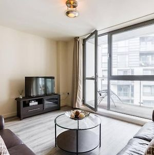 City Centre Apartment By Mailbox Bullring Grand Central With Secure Parking Balcony photos Exterior
