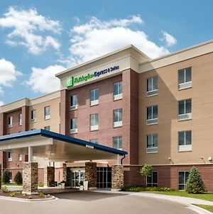 Holiday Inn Express & Suites St. Louis - Chesterfield, An Ihg Hotel photos Exterior