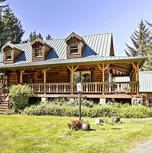 Brookings House On 3 Acres, Half Mile To Coast! photos Exterior
