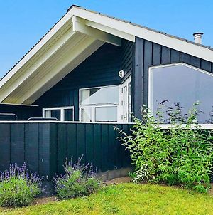 Three-Bedroom Holiday Home In Sjolund 1 photos Exterior