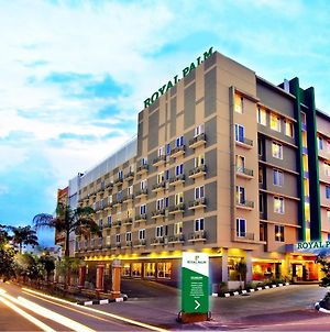 Royal Palm Hotel & Conference Center Cengkareng photos Exterior