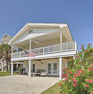 Updated Carolina Beach Home With Porch-Walk To Ocean! photos Exterior