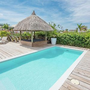 Luxury Detached Villa With Pool In Jan Thiel In Willemstad For Six photos Room