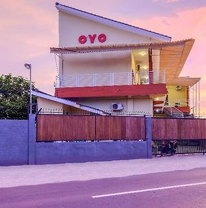 Oyo 2450 Hening Homestay photos Exterior