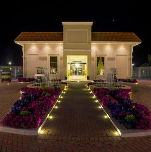 Swiss International Resort Unaizah Al Qassim photos Exterior