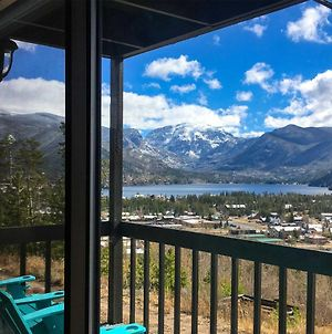 Updated Mtn Condo With Views And Deck Less Than 1 Mi To Lake! photos Exterior