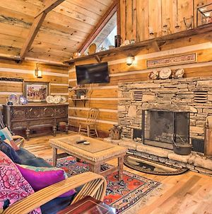 Eco-Friendly 'Garnet Cabin' In Blue Ridge Mtns! photos Exterior