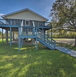 Fish At Canalfront Bay St Louis Home - Dock And Deck photos Exterior