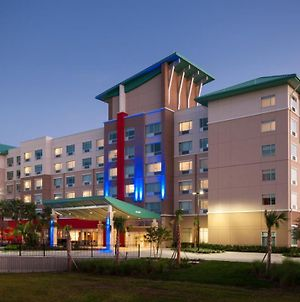 Holiday Inn Express & Suites - Orlando At Seaworld, An Ihg Hotel photos Exterior