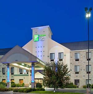 Holiday Inn Express Hotel & Suites Elkhart-South, An Ihg Hotel photos Exterior