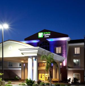 Holiday Inn Express Hotel & Suites Spring Hill, An Ihg Hotel photos Exterior