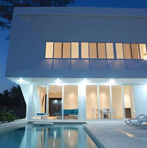 Beach House In Costa Del Sol, E.S. photos Exterior