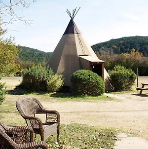 #8 Rising Moon - Tipis On The Guadalupe photos Exterior