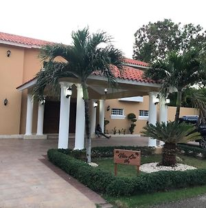 Villa Lia, En Metro Country Club, Juan Dolio photos Exterior