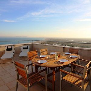 Apartment With Sea View, Walking Distance To The Beach photos Exterior