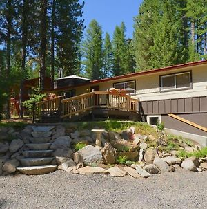 Payette River Cabin - Hot Tub - Pet Friendly - Walk To Rotary Park And Beach photos Exterior
