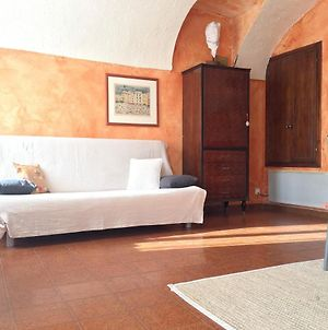 Studio In Dolceacqua With Wonderful City View And Wifi 10 Km From The Beach photos Exterior