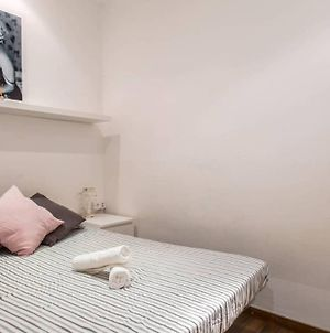 Two Bedroom Apartment In The Heart Of The Born photos Exterior