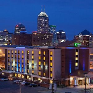 Holiday Inn Express Hotel & Suites Indianapolis Dtn-Conv Ctr Area, An Ihg Hotel photos Exterior
