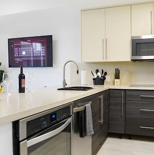 Amazing Townhouse 6 Miles From The Beach - Nth6 photos Exterior