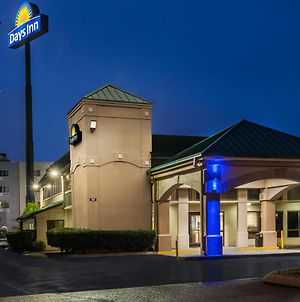 Days Inn By Wyndham Clarksville North photos Exterior