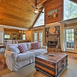 Lavish Lake Sinclair Home With Dock And Water Access! photos Exterior