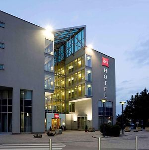 Ibis Linz City photos Exterior
