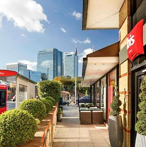 Ibis London Docklands Canary Wharf photos Exterior
