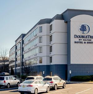 Doubletree By Hilton Fairfield Hotel & Suites photos Exterior