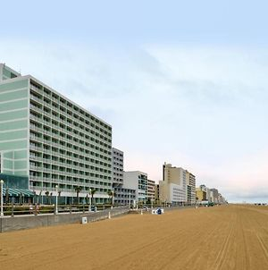 Holiday Inn Va Beach-Oceanside 21St Street, An Ihg Hotel photos Exterior