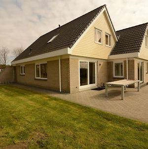 Luxurious Holiday Villa At Lovely Location In Zeewolde, Flevoland photos Exterior