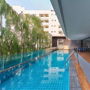Aster Hotel And Residence By At Mind photos Exterior
